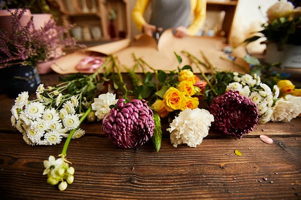 What are the most popular flowers in the world?