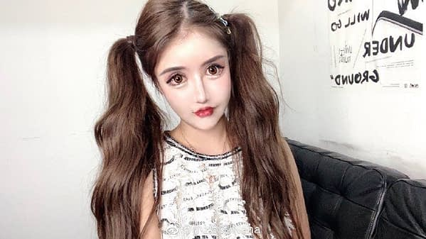 14 year old social media influencer gets nearly $150,000 in plastic surgery