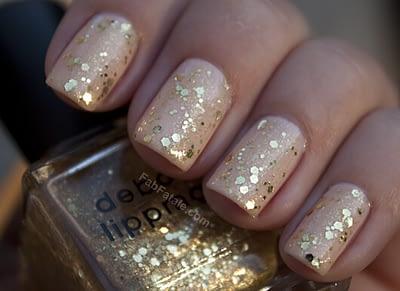 gold-glitter-nails-1