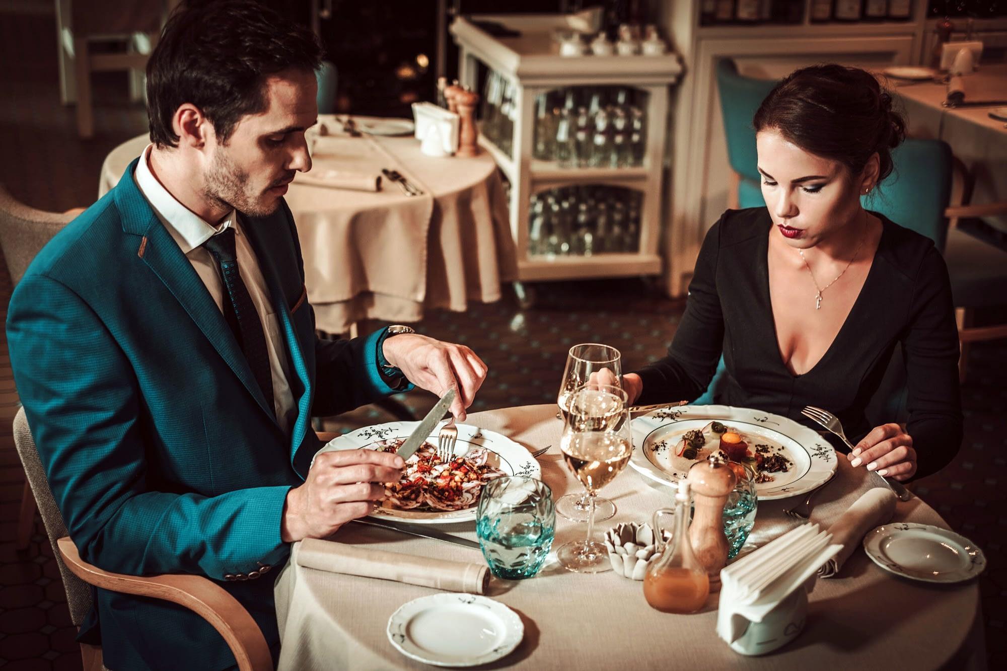A first date should not be an interrogation